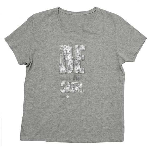 WOMEN T-SHIRT SEEM EXTRA LARGE/ Slim Fit