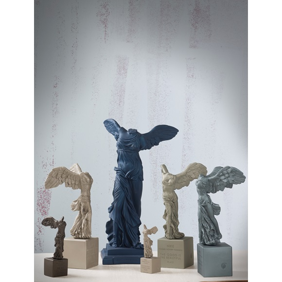 Winged Nike of Samothrace Medium