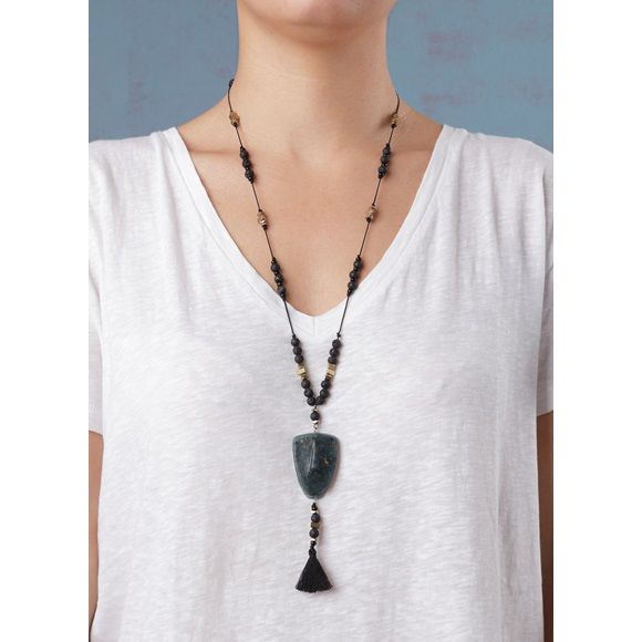 Cycladic Face Green Necklace